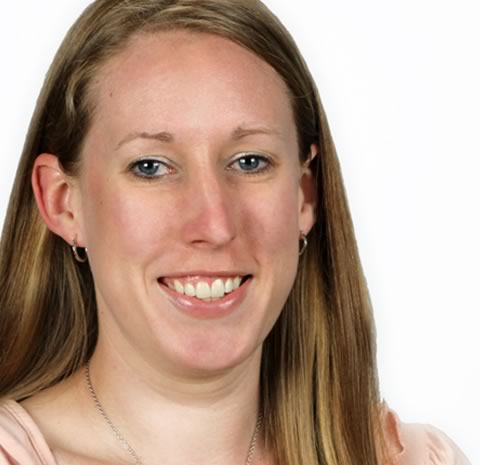 Studio headshot of Amanda Quinton