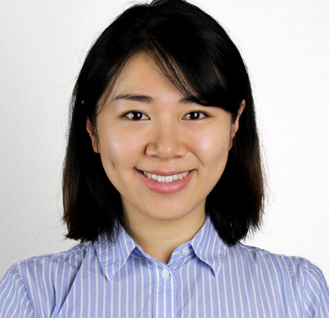 Studio headshot of Xinyun Peng